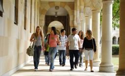 Queensland Education and Training International ( QETI )