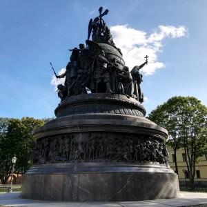 ロシア建国一千年記念碑