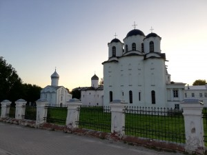 ニコロ・ドヴォリシェンスキー聖堂をはじめとする教会群