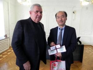 President of Classic Private University and Professor Murata