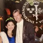 2007年 ストックホルムの市庁舎での博士号授与式にて。夫と一緒に。