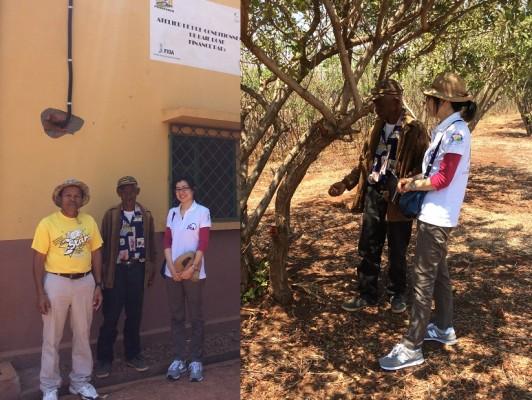マダガスカルのピンクペッパーの生産者組合から組合活動について話を聞く