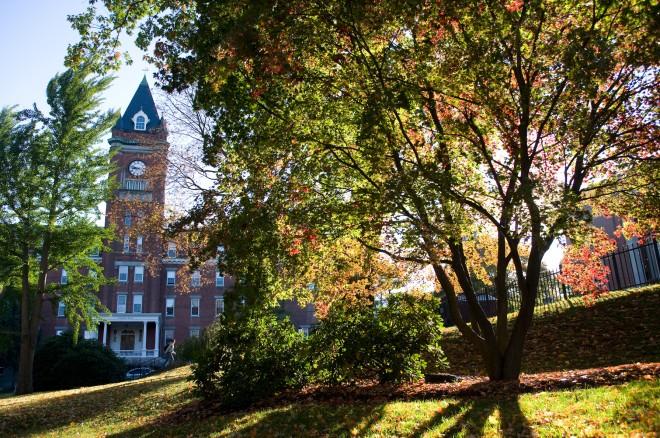 ザ・ホリー・クロス大学