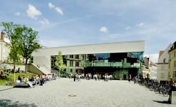 uniplatz2