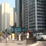 ブラジル最大の都市サンパウロのパウリスタ大通り。