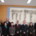 後列左より、Emílio Jeckel 先生、Draiton Gonzaga 先生、Jorge Audy副学長、Joaquim Clotet学長、前列中央Rosemary Shinkai先生。
