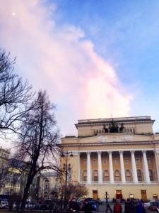 アレクサンドロフスキー劇場の外観