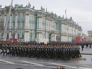 エルミタージュ美術館前のパレード