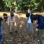 代々木公園での練習風景…さてこれは何をしているところでしょうか