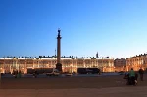 《2:30》 宮殿広場とエルミタージュ