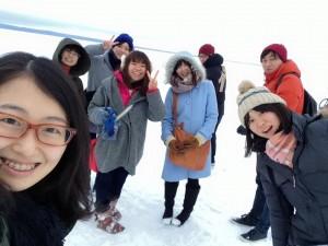 今回一緒に留学した8名、左端が筆者。
