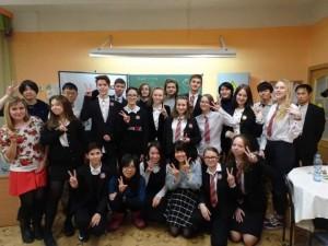 高等部の生徒達とお茶会をしました。日本語やロシア語のゲームをして楽しかったです!