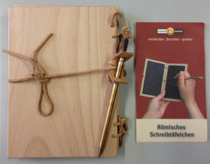 ローマ時代の書写板(ドイツの博物館売店で入手)