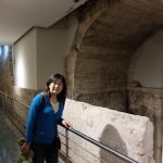 アッシジの古代ローマ地下遺跡にて(2014年夏)
