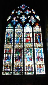 シャルトル大聖堂のステンドグラス(2008年撮影)